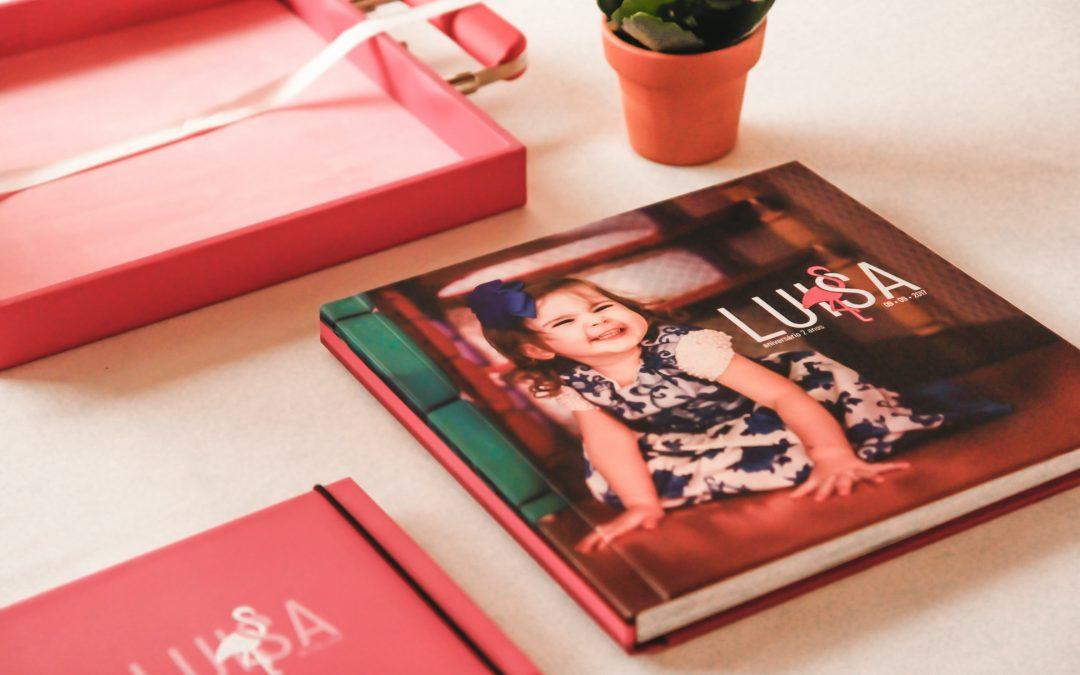 Tænk tilbage på festlige dage med en fotobog